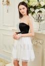 robe de cocktail blanc Lace et noire courte