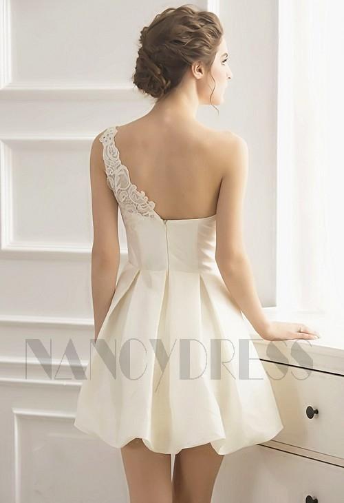 robe cocktail blanc courte D048