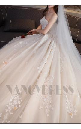 robe de mariée champagne pâle