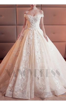 robe de mariée chic champagne pâle