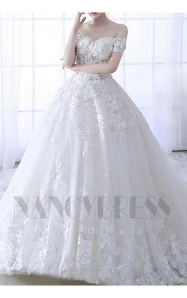 robe de mariée bustier à fleurs