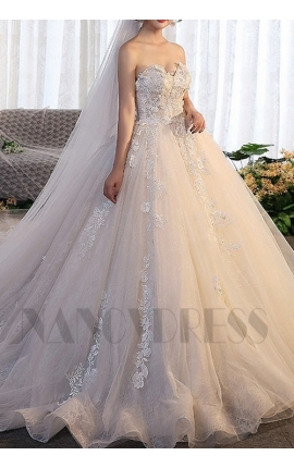 robe mariage bustier avec traîne