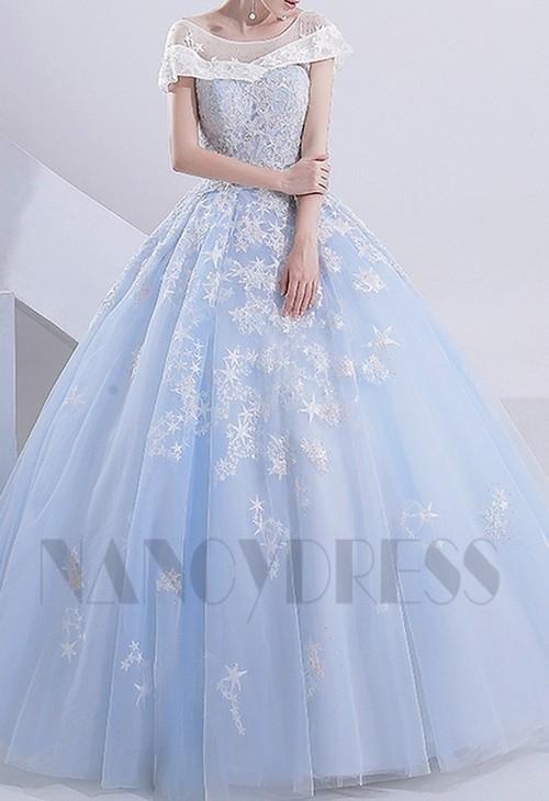 Robe de mariee avec du bleu turquoise
