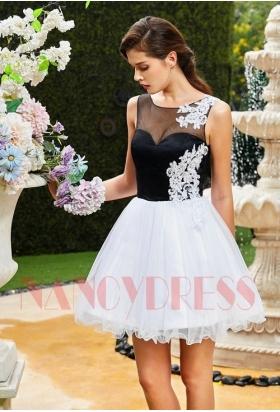 robe de soirée courte noire et blanche dentelle D114