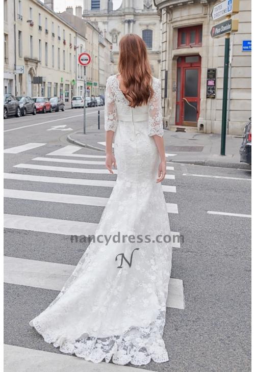 Robe de mariage vintage en dentelle avec manches longues