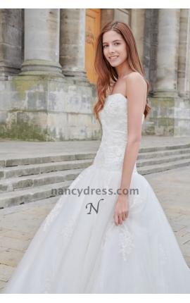 robe mariage simple blanc cassé bustier en dentelle